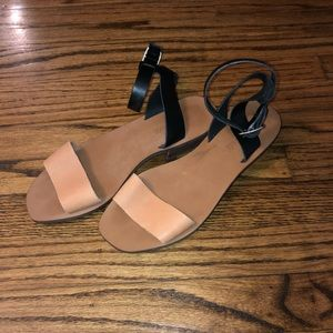 Madewell Tan And Black Ankle Strap Sandals